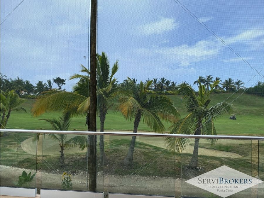 villa en iberostar resort con vista al campo de golf