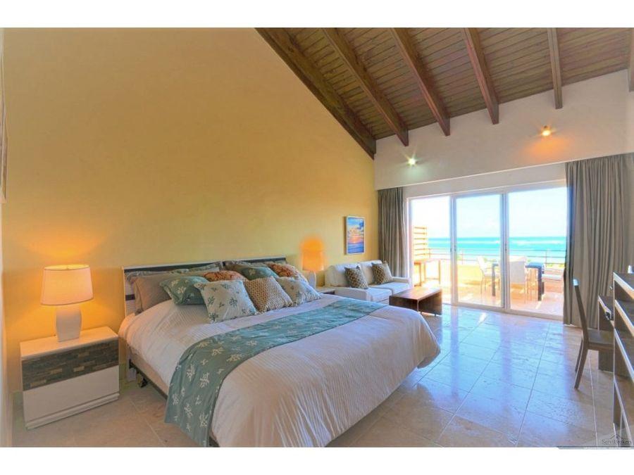 2 hab penthouse con jacuzzi frente mar