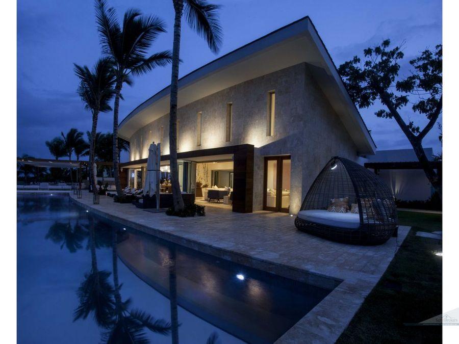 espectacular villa con vista al mar en cap cana