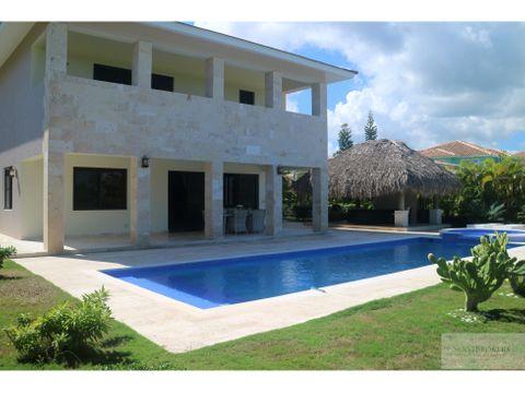amplia villa 4 dorm cocotal golf country