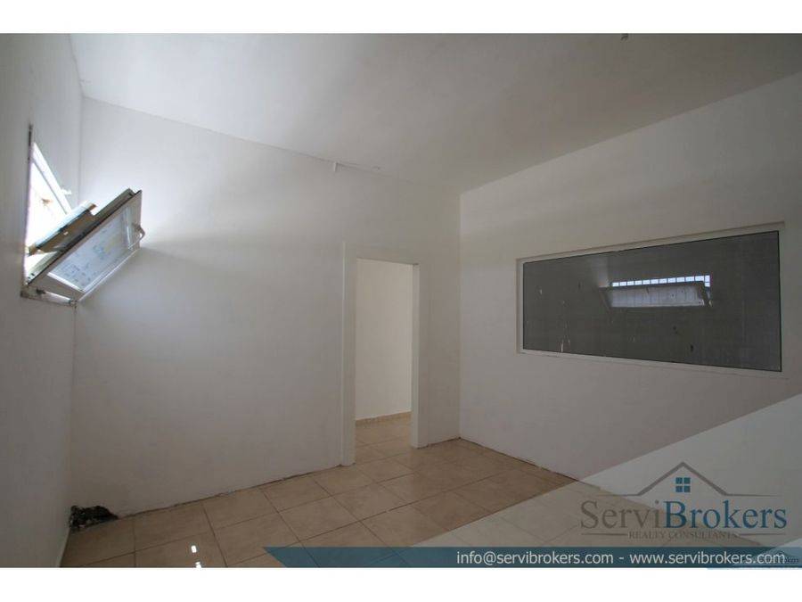 local 100 m2 friusa bavaro punta cana