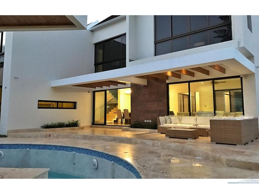 4 bedroom house for sale at the punta cana village