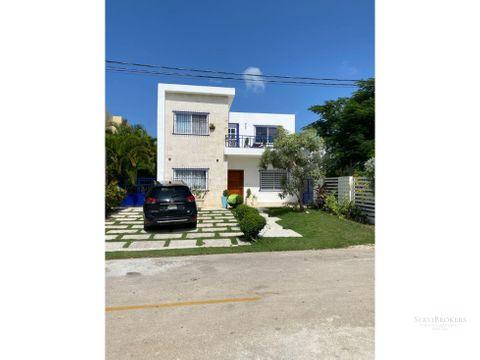 hermosa casa remodelada 3 habitaciones 2 banos punta cana
