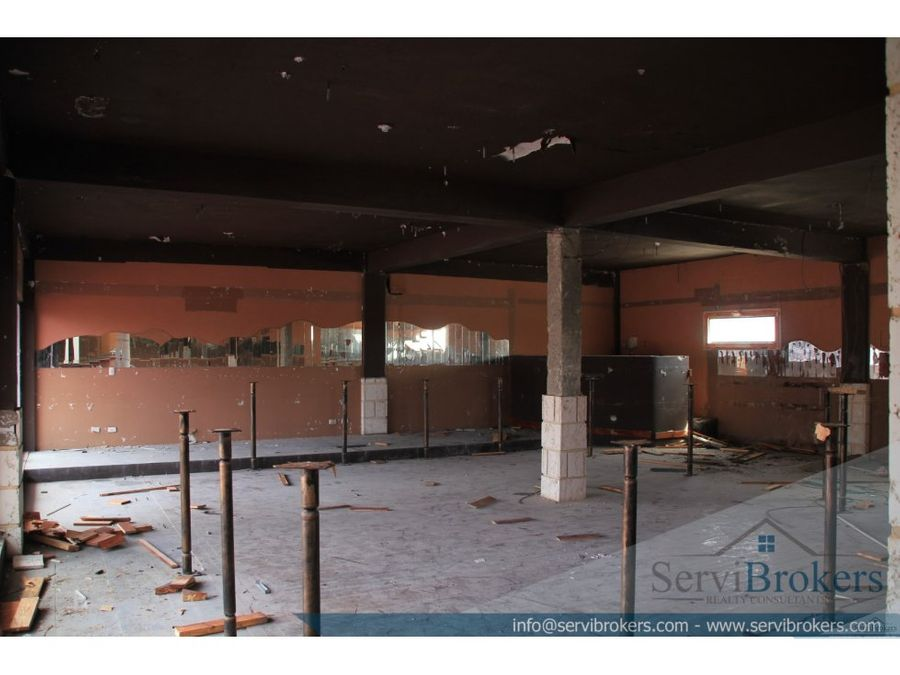 oficinas 640 m2 friusa bavaro punta cana