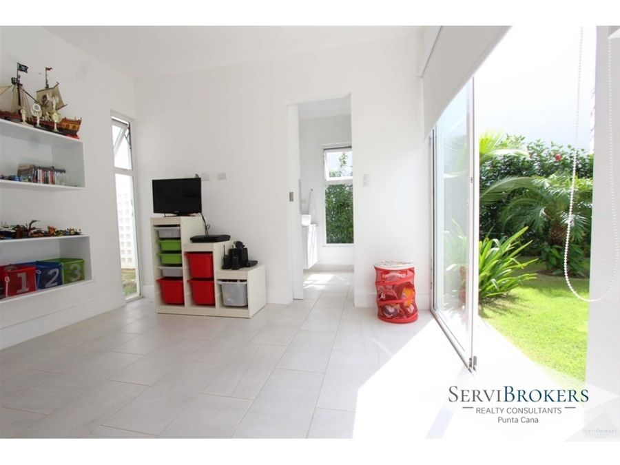 moderna casa sin muebles