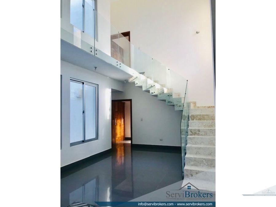 moderna y elegante villa 4 habitaciones 5 banos