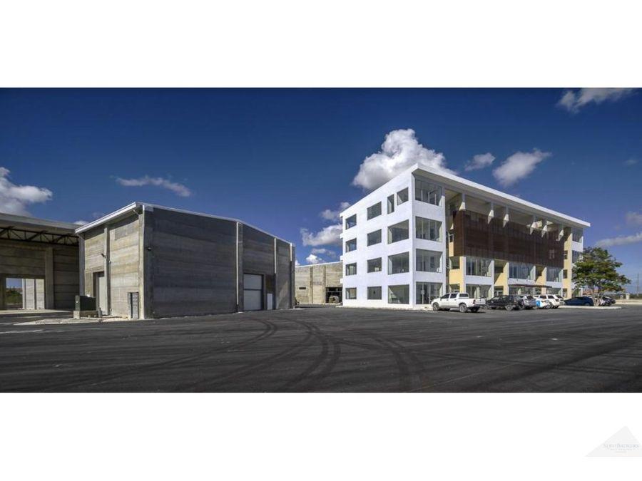 oficinas comerciales venta y alquiler bavaro punta cana