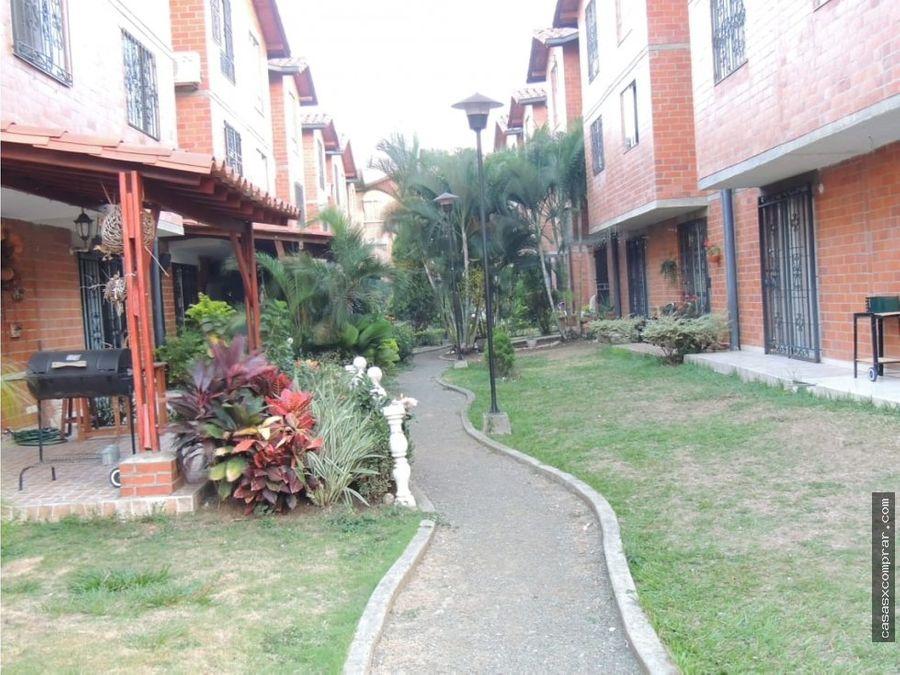 vendo casa ampliada condominio en valle del lili sur de cali