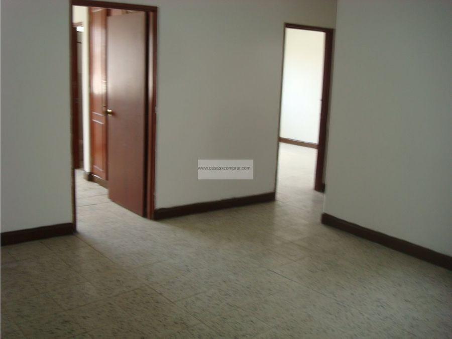 casa multifamiliar de apartaestudios y locales en aranjuez cali valle