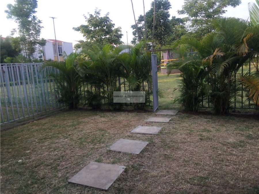 vendo casa 2 niveles en hacienda el castillo en jamundi