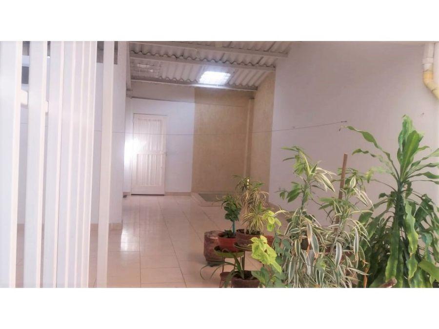 vendo casa bifamiliar con 1 apto en palmira