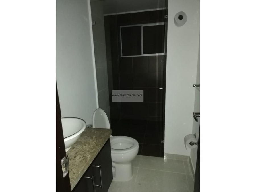 vendo apartamento primer piso en el refugioal sur de cali