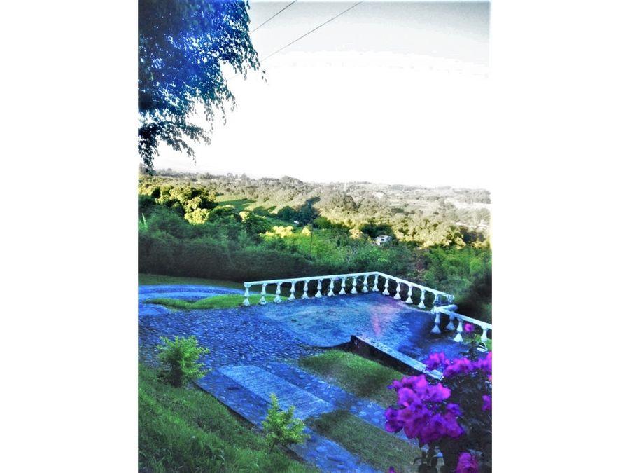 vendo casa campestre de 3 niveles entre armenia circasia