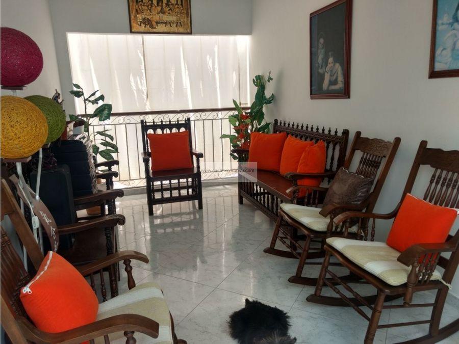 vendo casa en el centro de buga valle del cauca colombia