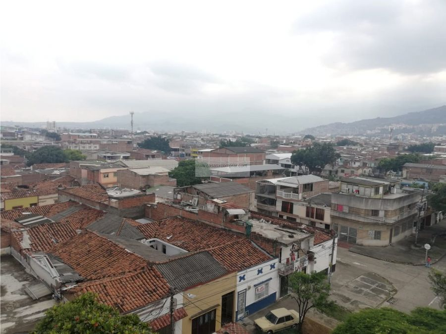 vendo edificio de 5 pisos en guayaquilcentro de cali valle