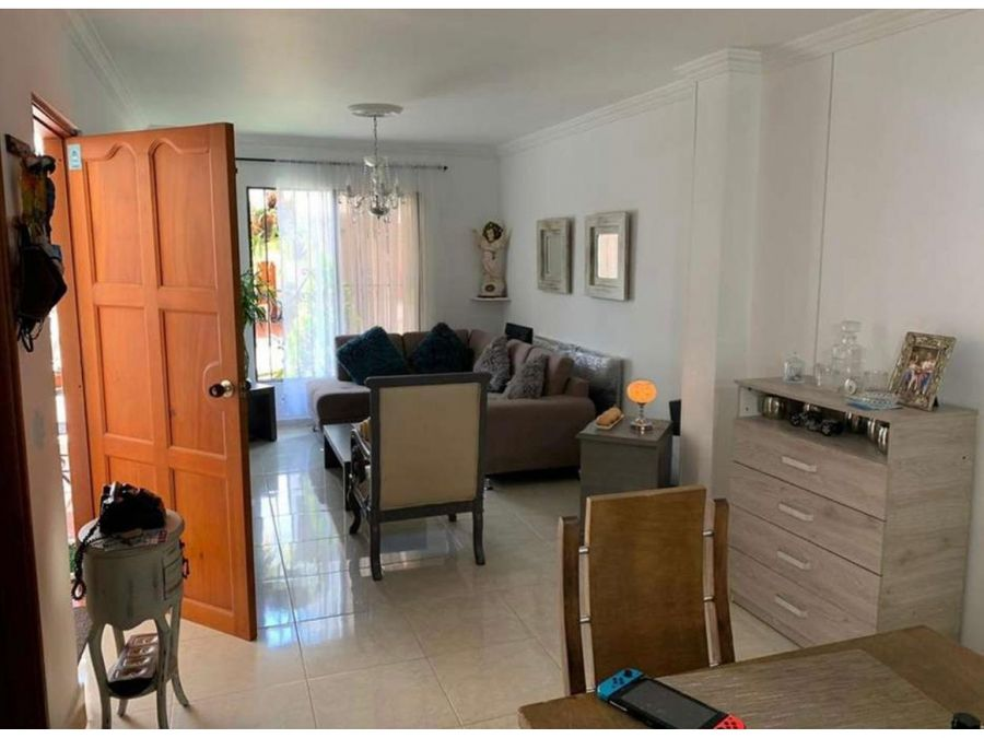 venta casa en unidad las mercedes palmira valle