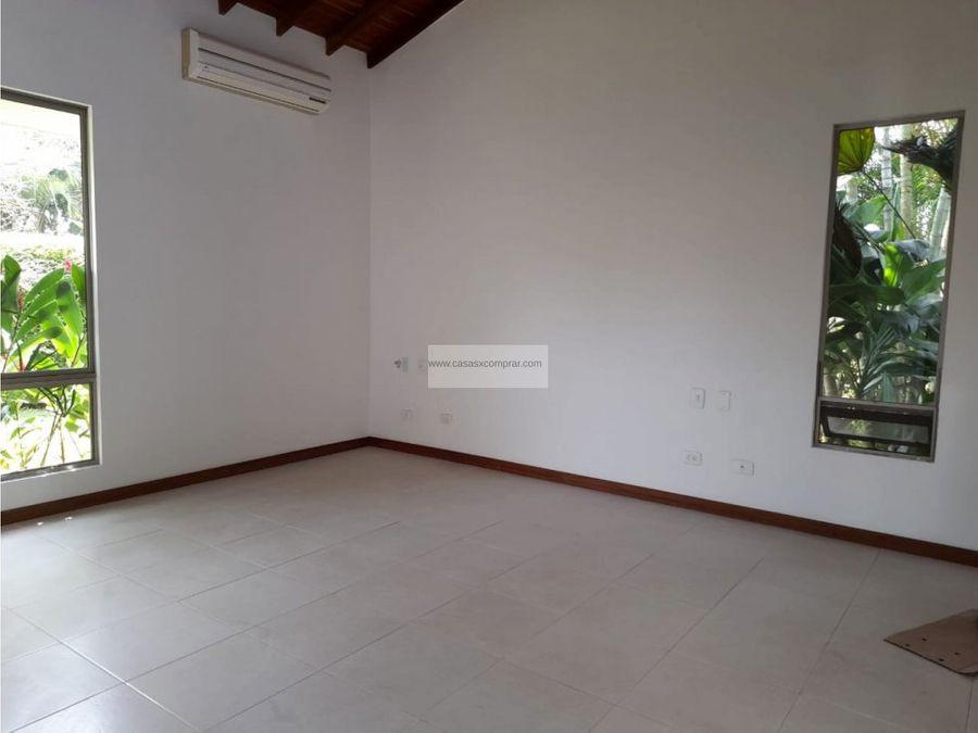 vendo casa con piscina propia en la morada jamundi