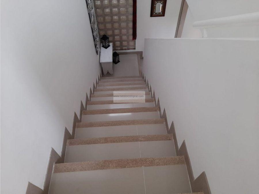 vendo casa medianera y de 2 niveles en el castillo jamundi