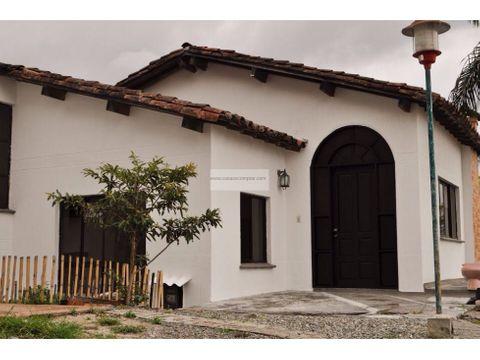 vendo hermosa casa en condominio entre circasia y armenia