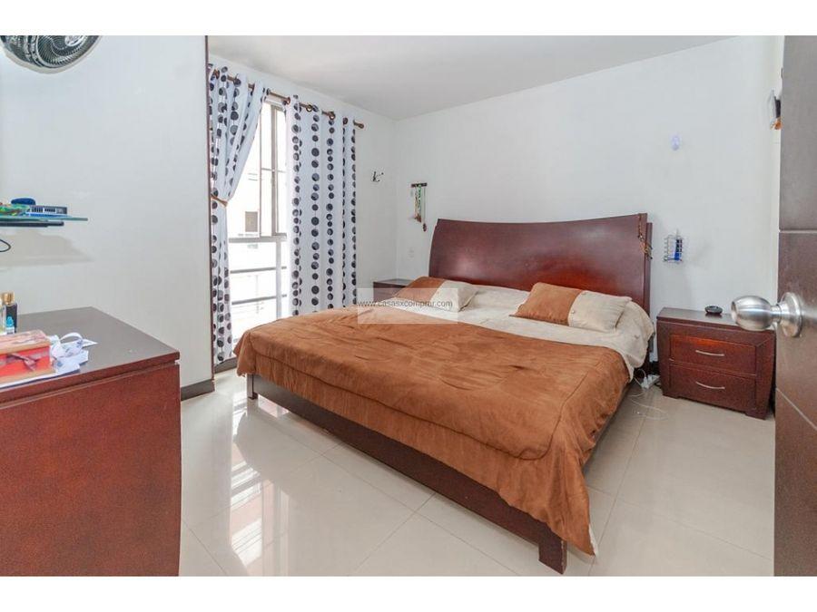 vendo apartamento amplio en prados del norte al norte de cali