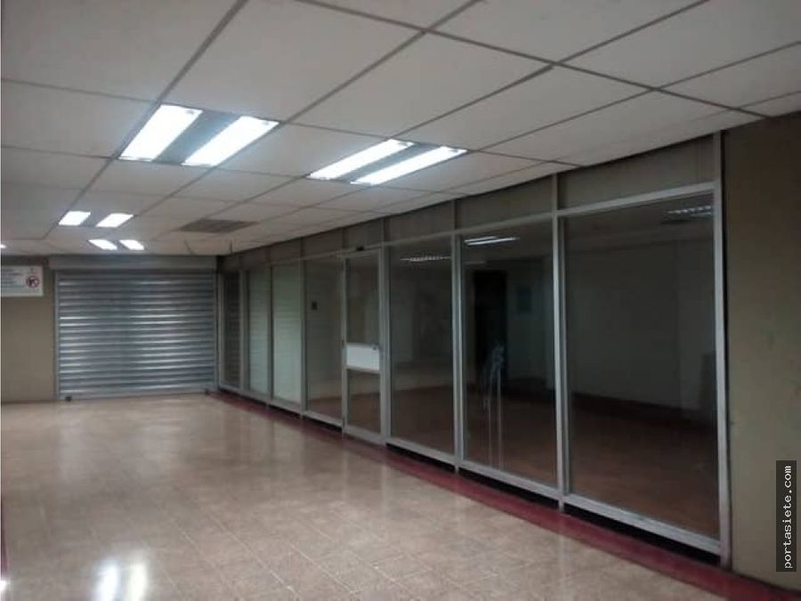 portafolio siete vende local en centro plaza
