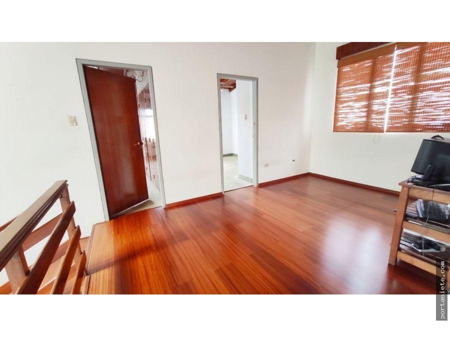 portafolio siete vende casa en macaracuay con excelentes espacios