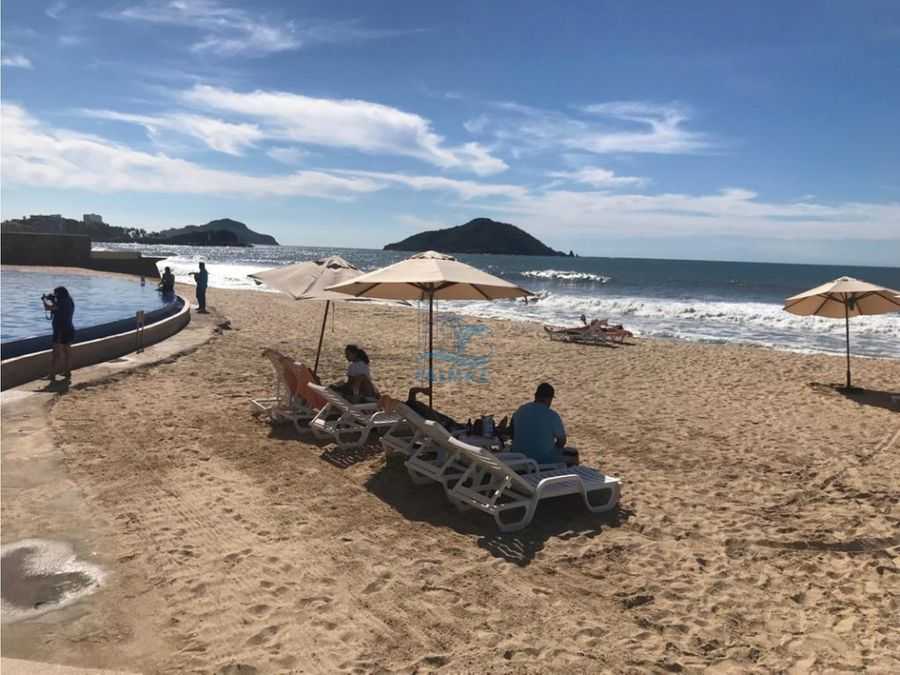 departamento en venta en mazatlan en la playa amueblado 2 recs