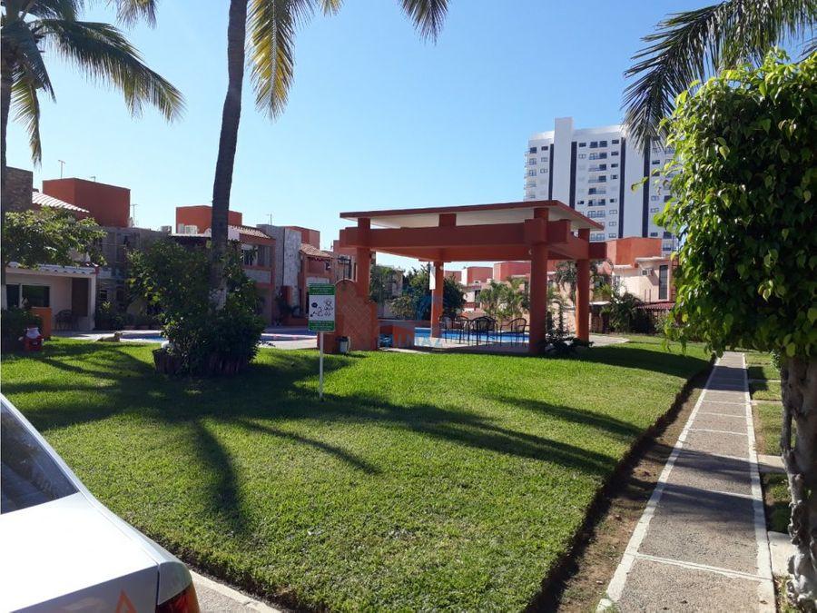 casa renta 2 rec smuebles coto priv 100m de playa alberca
