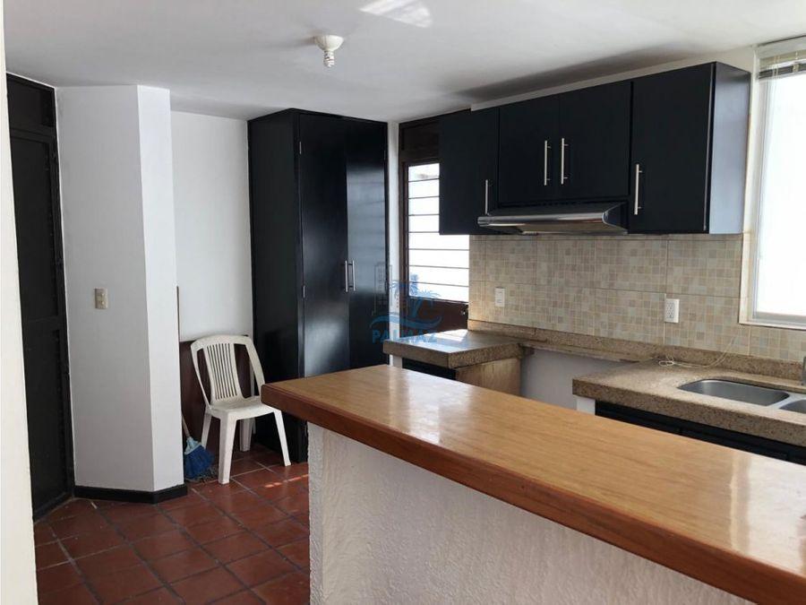 casa renta 3 rec smuebles a solo 200m de playa
