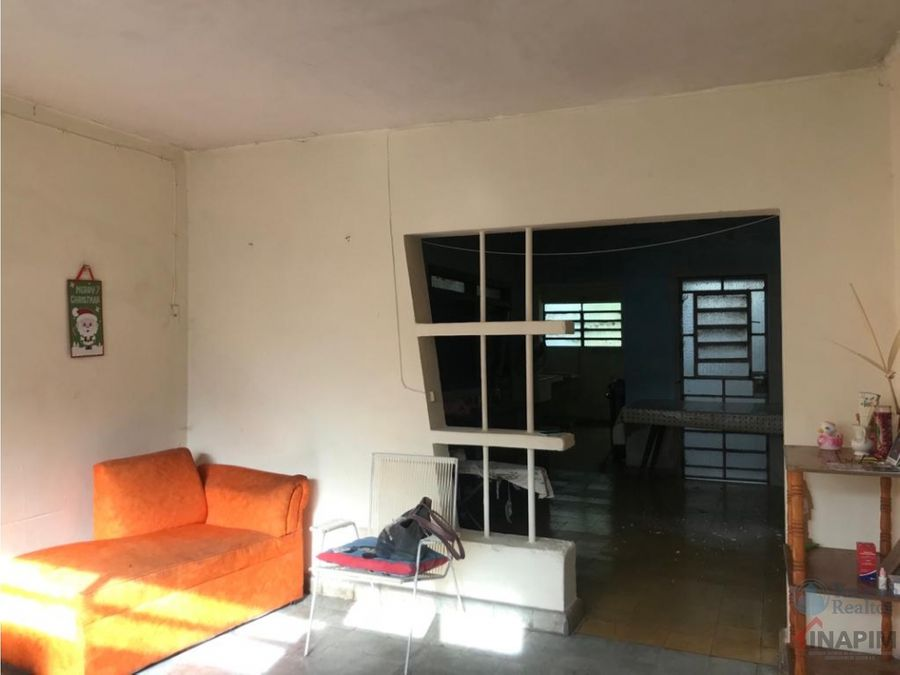 terreno con casa para remodelar itzimna