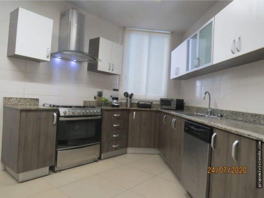 venta de hermoso apartamento costa del este