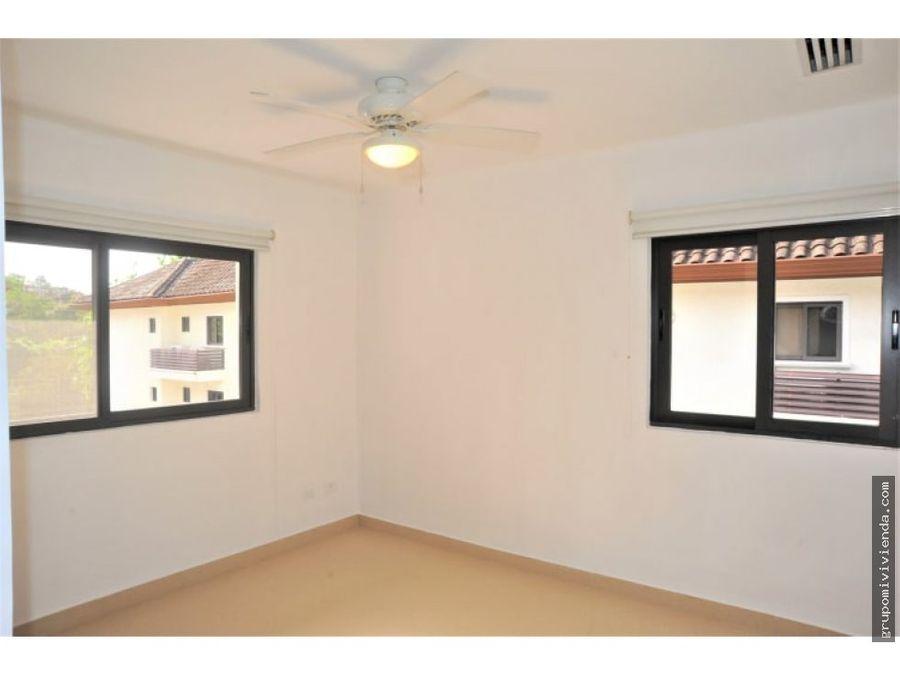 apartamento con linea blanca clayton