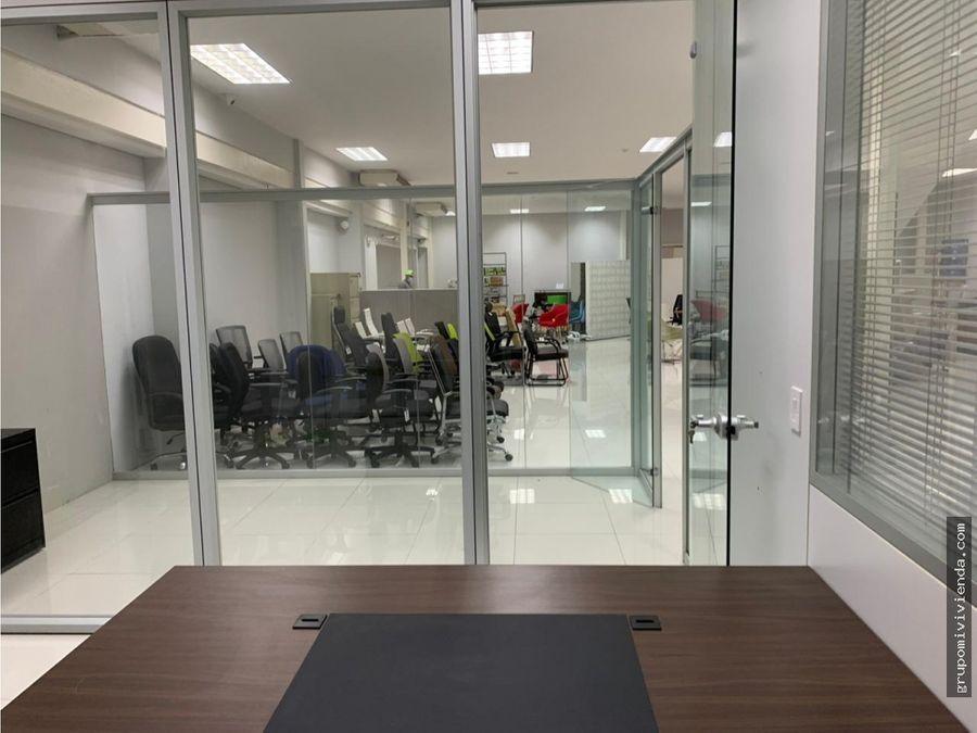 alquiler oficina de dos niveles en obarrio excelente ubicacion
