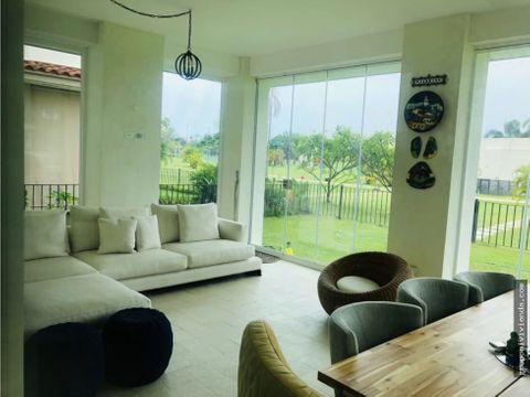 venta de apartamento con patio en the reserve 480 mt2