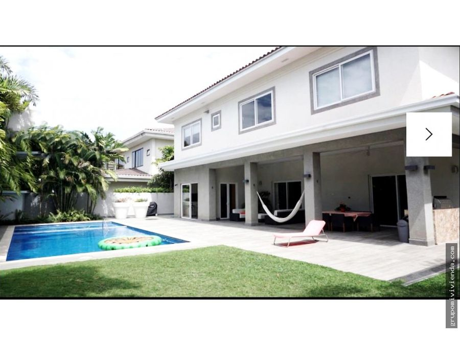 venta bella casa en costa del este