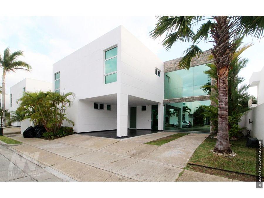 vendo espectacular casa en costa esmeralda