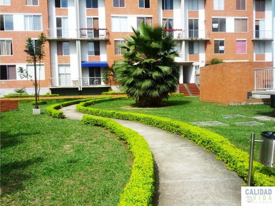 venta de amplio apartamento en valle del lili