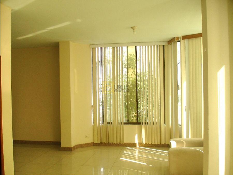 el coca orellanaarriendo departamento 250 m2barrio central