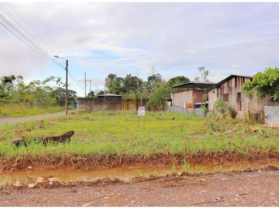 el coca orellanaventaterreno esquinero 749 m2 barrio el moretal