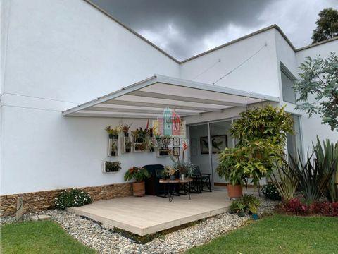 vendo casa sector llano grande