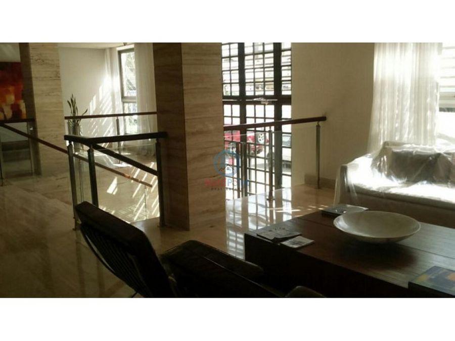 apartamento en venta en segundo nivel en naco