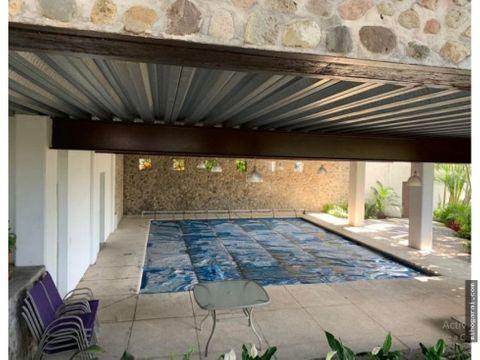 casa residencial en venta con alberca en cuerna
