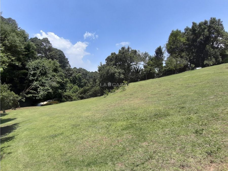 terreno con espectacular entorno en acatitlan