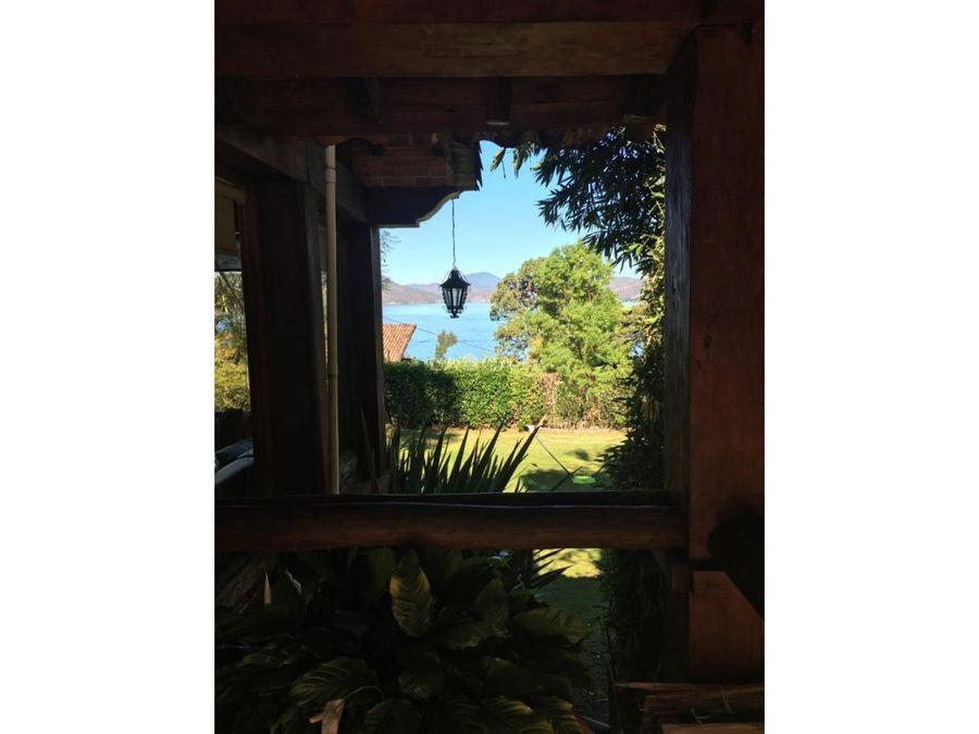 casa con vista al lago la lagartija avandaro