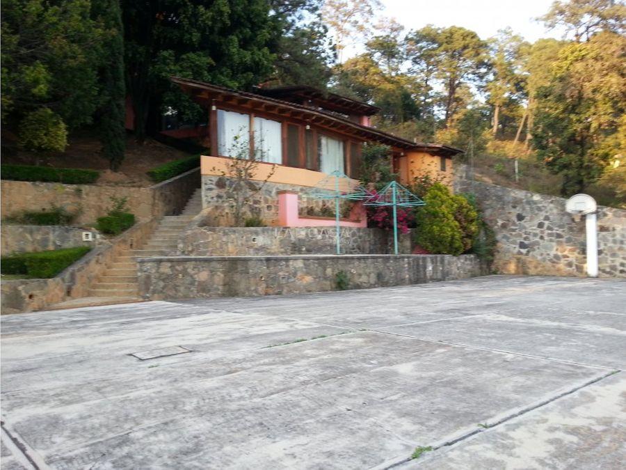 casa vallesana en el pueblo