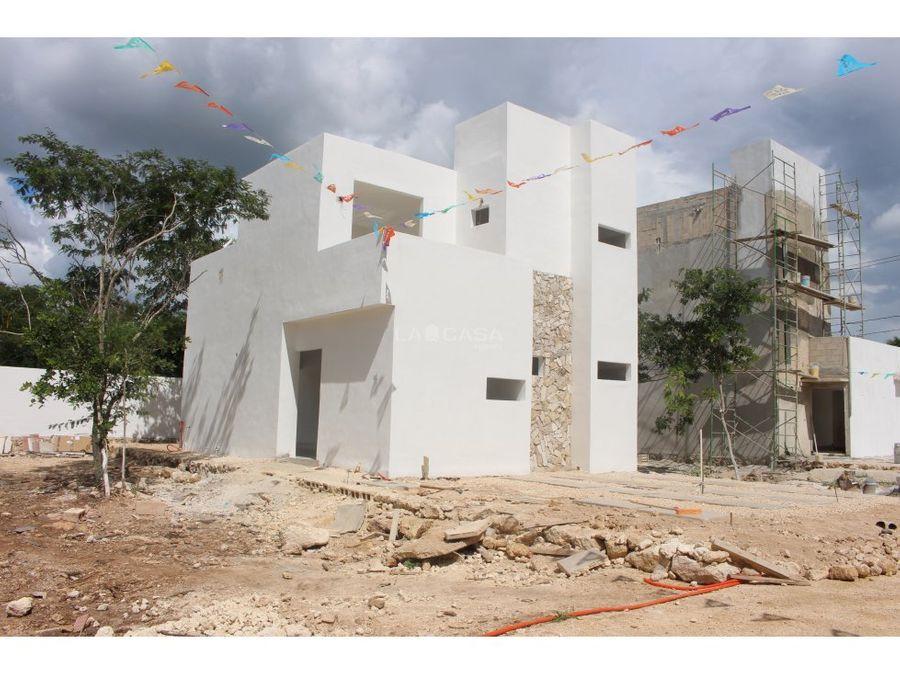 hermosa casa en cerrada de conkal de 3 recamaras