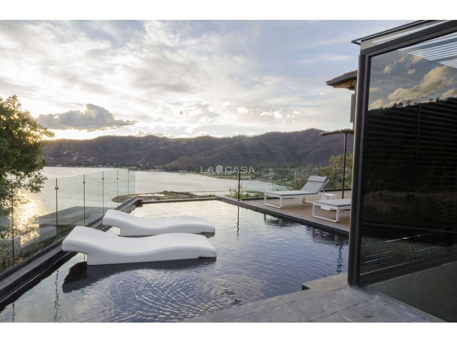 cv residencia con vista al lago en san antonio ml