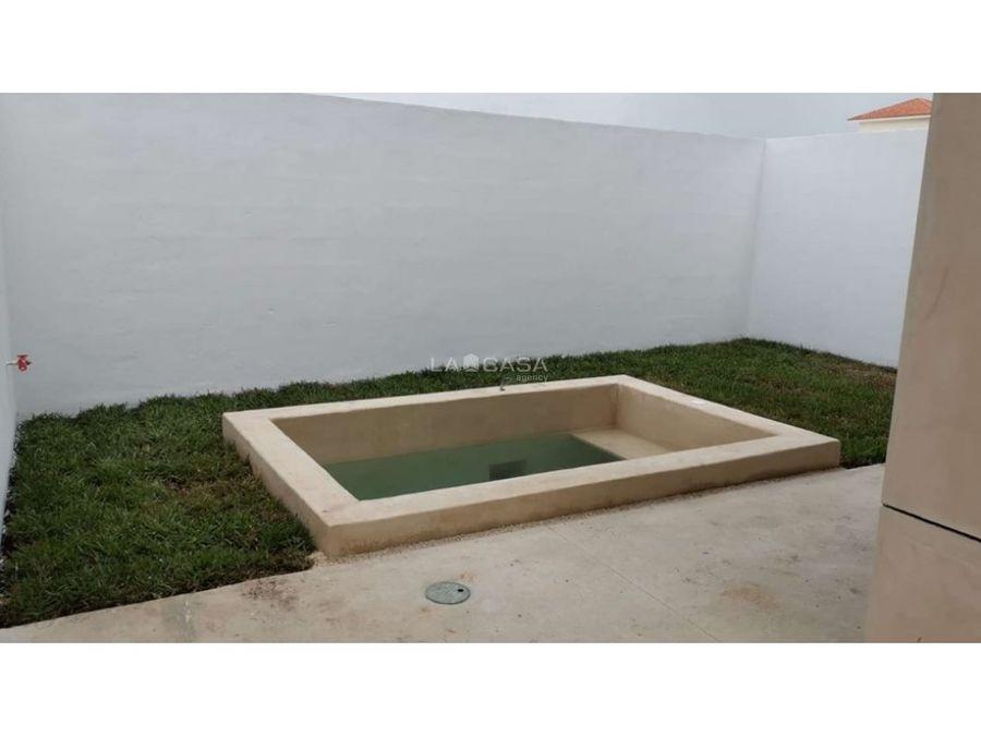 townhouse con piscina en cholul