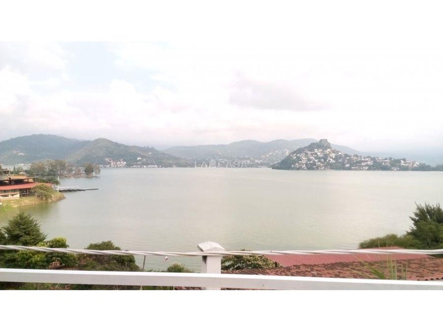 casa con vista al lago en san gaspar