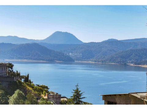 terreno con vista al lago en valle de bravo